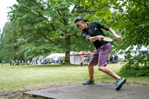 DUDE clothing - 2018 Beaver State Fling - Photo Credit: PDGA