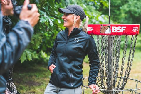 DUDE clothing - 2018 Beaver State Fling - Catrina Allen - Photo Credit: PDGA